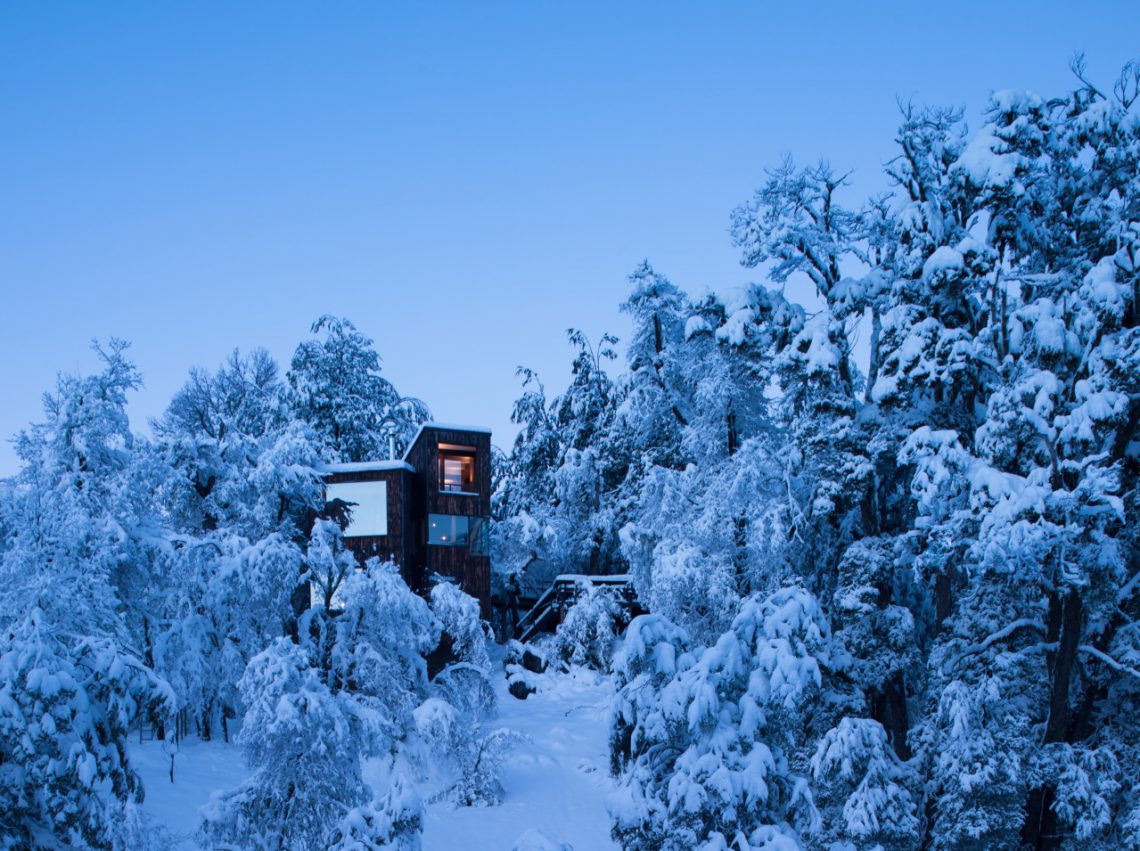 cc8b0eef64 Shou Sugi Ban Mountain Refuge in Chilean Andes | Shou Sugi Ban